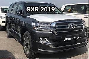 2019 Toyota Land Cruiser And Lexus LX 570 Black Edition S