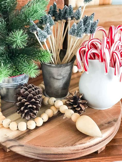 christmas vignettes   dining room  creative days