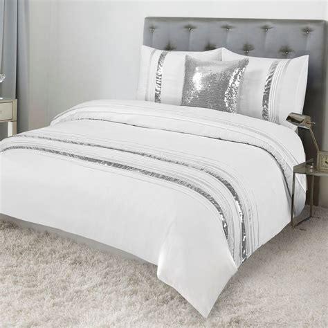 White Duvet Cover King by Tudisco Duvet Cover 4pcs Set White Silver Sequins Linings