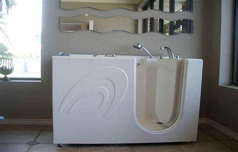kohler bathtubs for seniors walk in bathtubs by kohler lowes walk in bathtubs