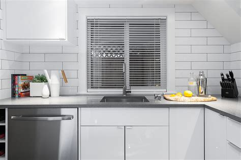 victoria couple rings   year  ringhult kitchen
