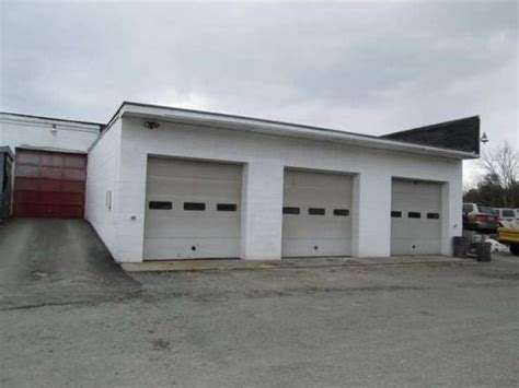Garage For Rent Auckland 1800 2000ft 178 4 bay garage for rent boston adhoards
