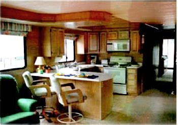 remodel rebuild  refurbish houseboat interiors