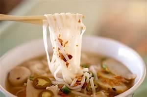 Thai Noodles Soup Recipes (ก๋วยเตี๋ยว) How To Cook Thai