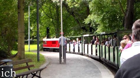 Der Große Garten Dresden by Mit Der Dresdner Parkeisenbahn Durch Den Gro 223 En Garten