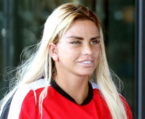 She has been married to kieran hayler since january 16, 2013. Katie Price Reminds Her Fans How She Looked Before Plastic Surgery - DemotiX