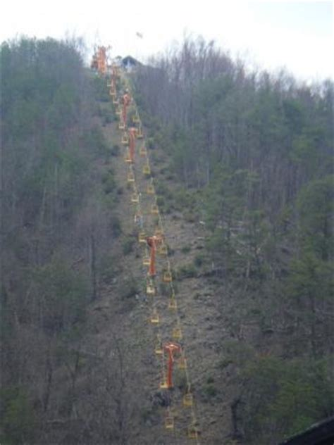 gatlinburg chair lift a chair lift picture of gatlinburg sky lift gatlinburg