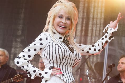 Dolly Parton and Carl Dean: Inside Their Love Story