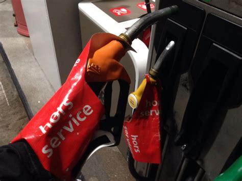 vos indications o 249 trouver de l essence des stations en cours de r 233 approvisionnement