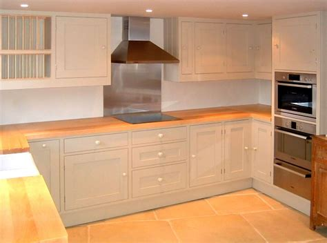 cuisine contemporaine bois massif davaus modele cuisine plan de travail avec des
