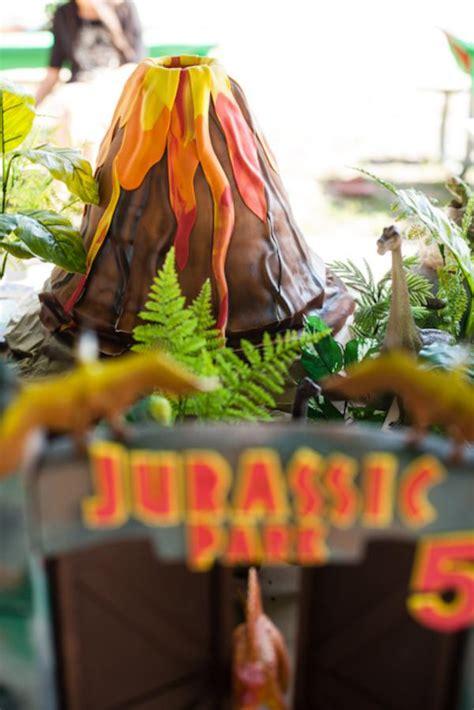 kara s ideas jurassic park dinosaur boy birthday - Jurassic Park Decorations