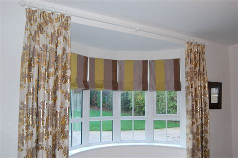 Diana Murray Interiors Roman Blinds In Bow Window With