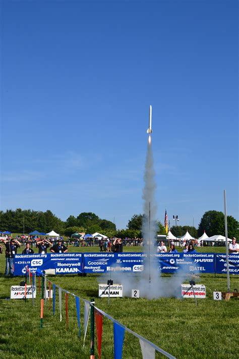 Alabama Students Blast Off To Victory In Largest Rocketry