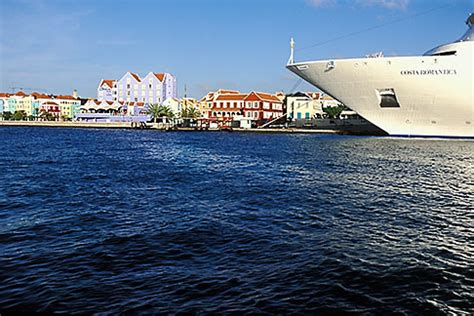 Where Do Cruise Ships Dock In Curacao | Fitbudha.com