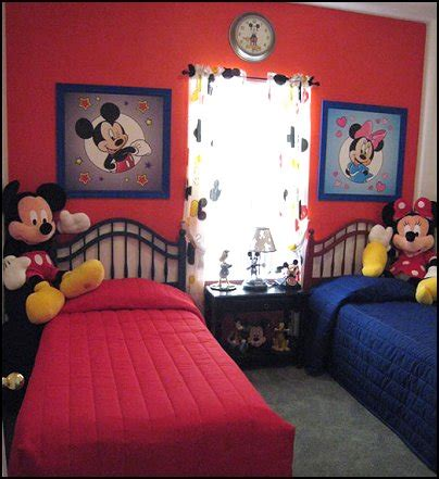 Mickey And Minnie Mouse Bedroom Curtains by Minnie Mouse Bedroom Decor Bedroom