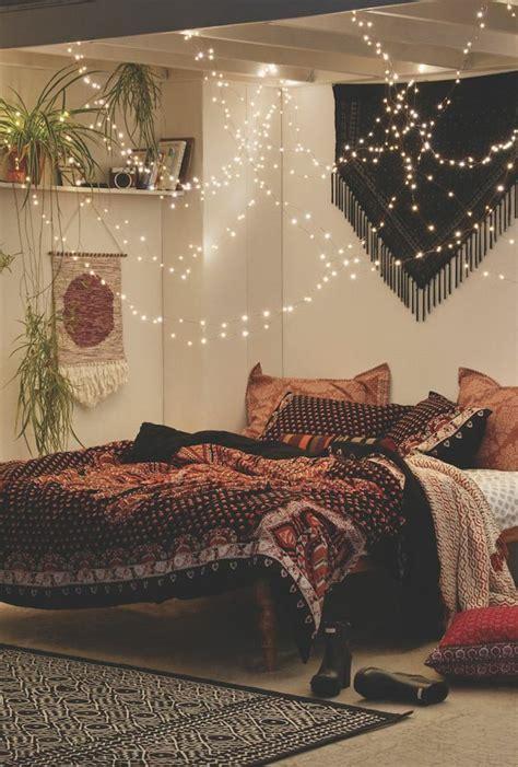 schlafzimmer ideen mit lichterketten grau deko zimmer
