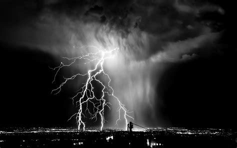High Definition Lightning Wallpaper