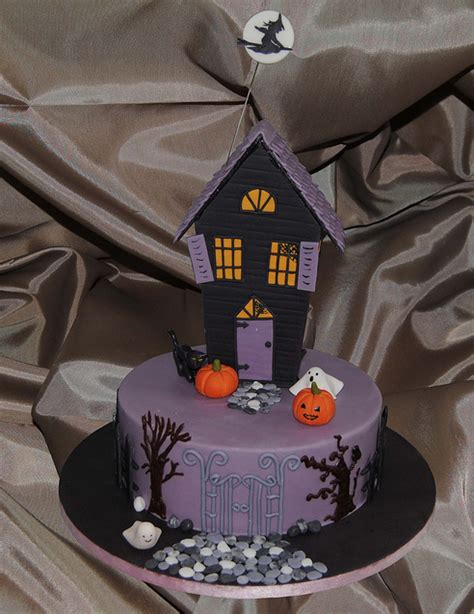 halloween cakes   cake cottage