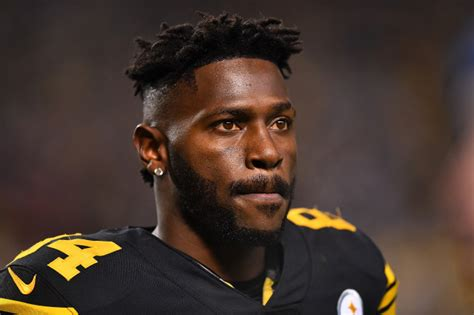 Antonio Brown's Son Awkwardly Asks Him 'Where's Ben ...