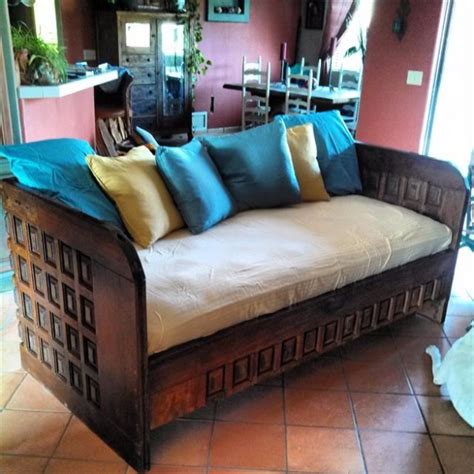 cool diy couch ideas  indoors  outdoors