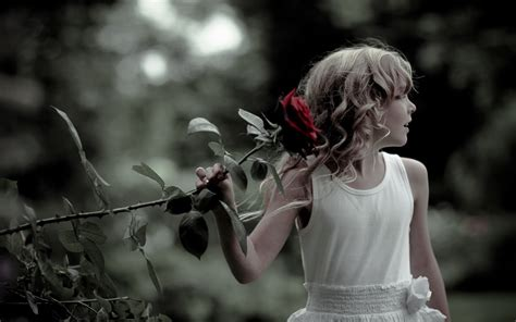 child roses girl and red rose wallpapers 1920x1200 446141