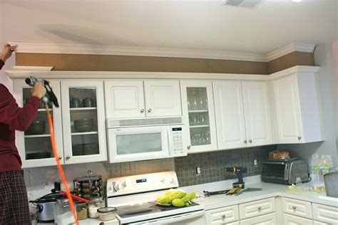 how to add height to kitchen cabinets this link shows how to use mdf board to build a bulkhead 9281
