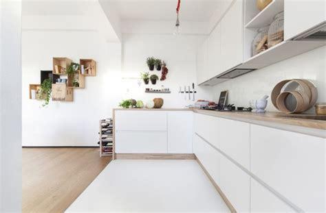 cuisine blanche plan travail bois cuisine blanche plan de travail bois inspirations de déco