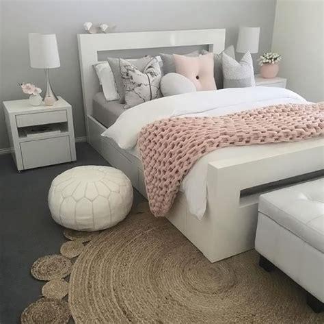 Grau Rosa Zimmer by Best 20 Dusty Pink Bedroom Ideas On Pink