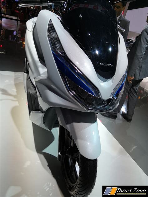 Honda Pcx Electric Image by Honda Pcx Electric Scooter Revealed At Auto Expo 2018