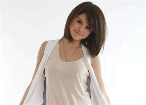 awesome model rambut pendek wanita   wajah bulat