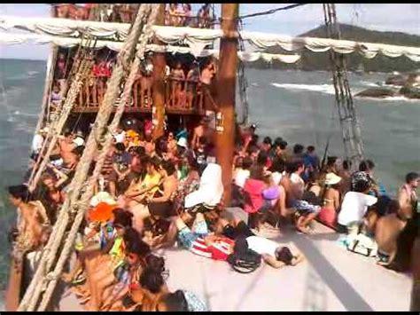 Barco Pirata Wow wow en cambori 250 barco pirata meia praia youtube