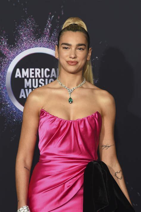 Dua Lipa 2019 American Music Awards 5   Satiny
