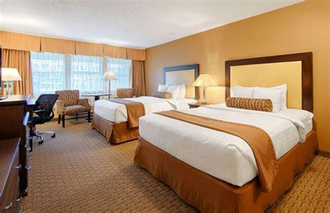 sidney bc hotel trust   western emerald isle
