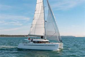 New Lagoon 450 Sportop Sailing Catamaran For Sale