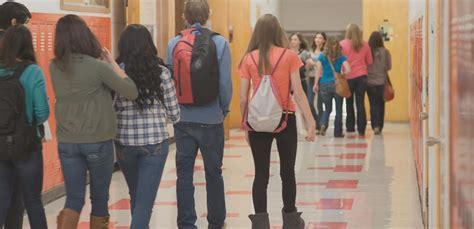 Middle School Leggings Ban