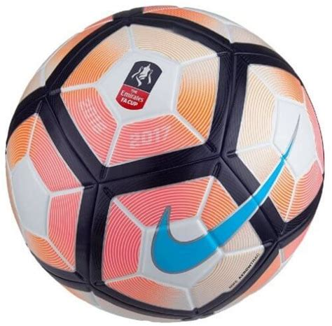FA Cup Strike Football 2016/17 - Manufactured by Nike