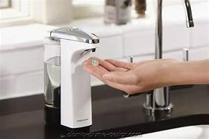 Pompe A Savon : distributeur de savon automatique capteur blanc compact simplehuman plomb plume design ~ Teatrodelosmanantiales.com Idées de Décoration