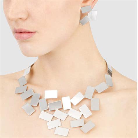 Alessi Fiato Sul Collo Modern Jewelry Necklace: NOVA68.com