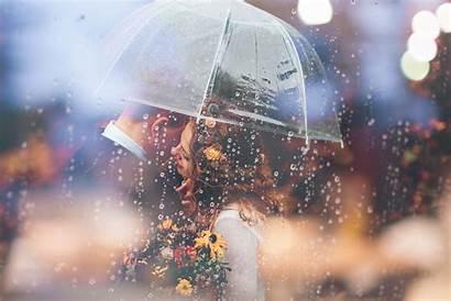 Couple Romantic Umbrella Wallpapers Married Raining Weeding