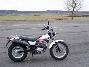 Suzuki Vanvan 125 : suzuki suzuki rv 125 vanvan moto zombdrive com ~ Medecine-chirurgie-esthetiques.com Avis de Voitures