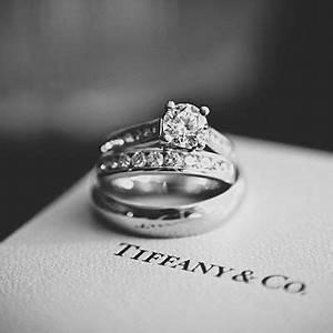 Tiffany Ring Verlobung : trauringe mit diamanten von tiffany co wedding ideas dresses pinterest ring verlobung ~ Orissabook.com Haus und Dekorationen