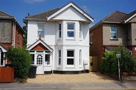 Boat House Boogie Exercise by Two Bedroom Flat Bournemouth Bengal Road Bournemouth 2