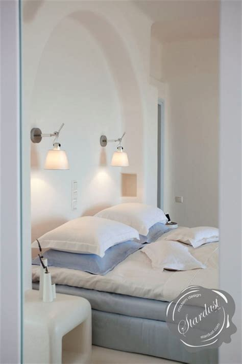 modern bedroom design  artemide tolomeo wall lamps