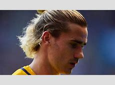 LaLiga Griezmann leaves Atlético team photo early, image