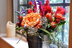 Blumen Für Fensterbank : deko blumen 34 ideen wie sie mit blumen dekorieren ~ Markanthonyermac.com Haus und Dekorationen