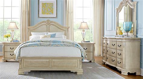 king and queen bedroom decor cortinella 7 pc king panel bedroom king bedroom 18994