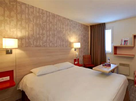 chambre ibis hotel hôtel ibis styles 3 étoiles à ouistreham dans le calvados