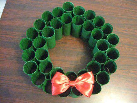 share thistoilet paper christmas wreath blog post
