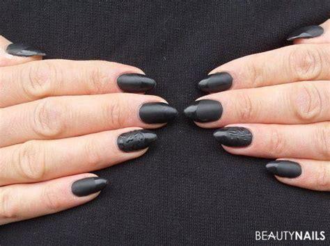 matt schwarze nägel 55 matt farbene n 228 gel mit nageldesign und uv gel