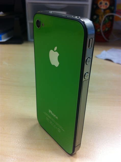 iphone 4 colors green and pink iphone 4 color pics modmyforums